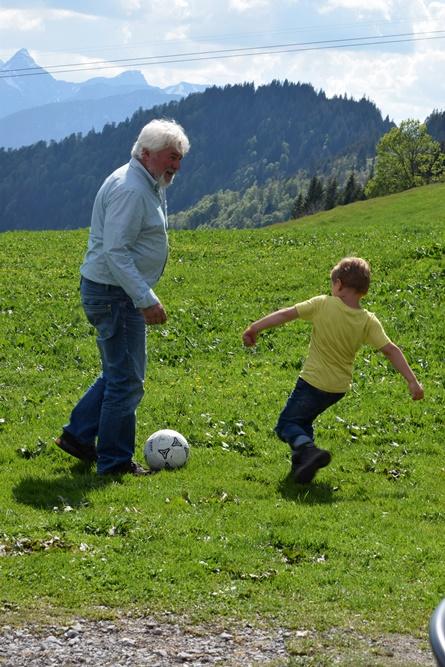 Auch auf der Alm gibts Fußball